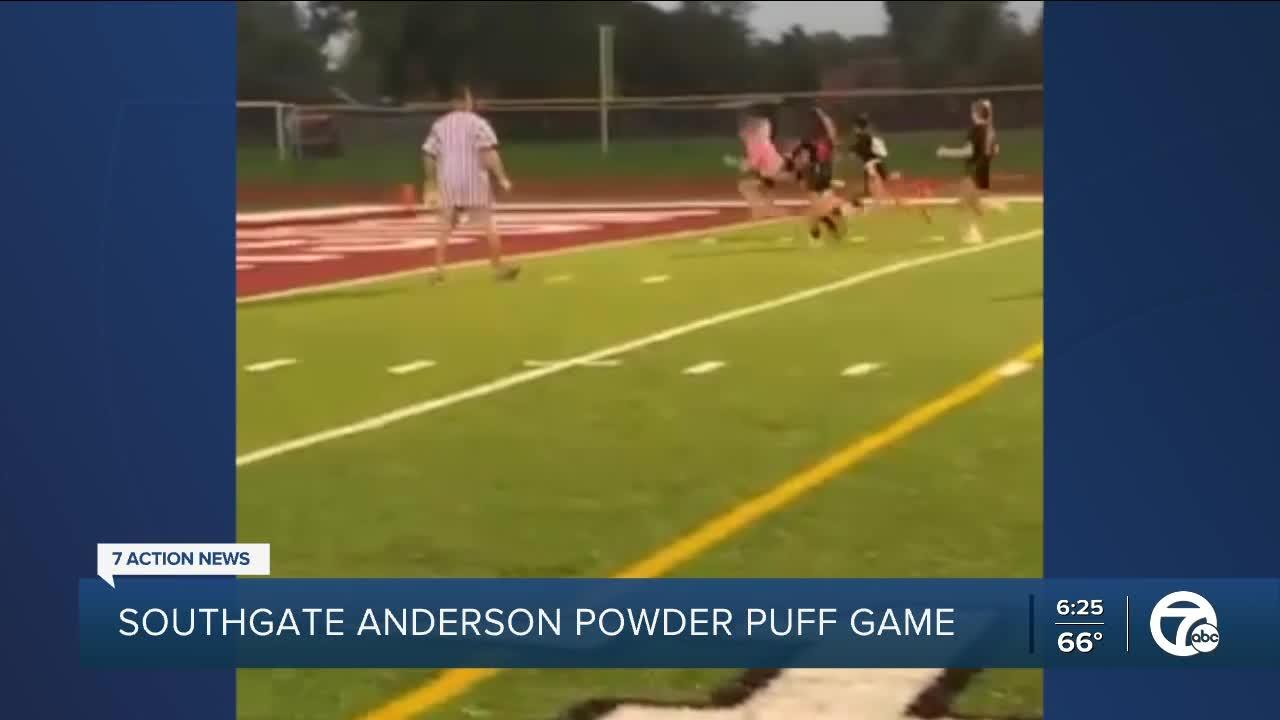 What a catch! Watch the powdepuff TD catch in the Southgate Anderson game