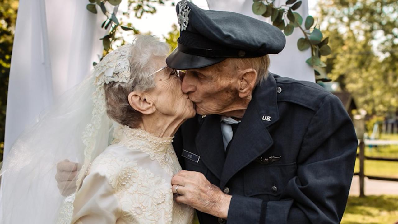 Hospice Staff Help Couple Take Wedding Photos They Never Had