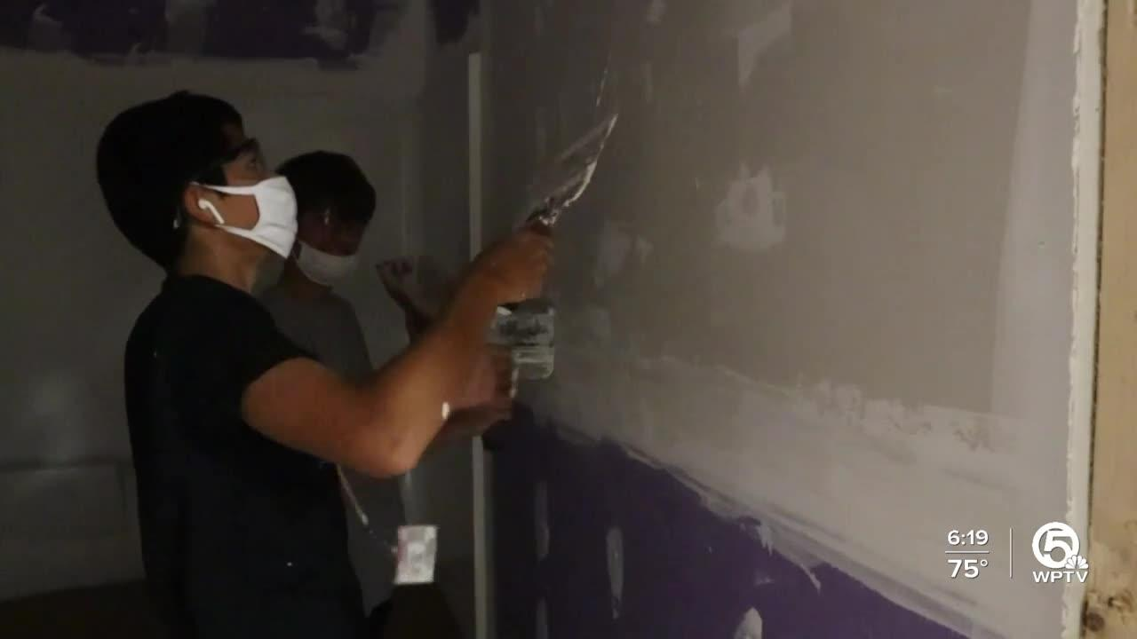 Seminole Ridge High School students building homes for Habit for Humanity