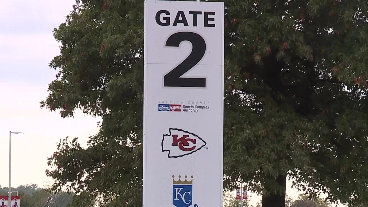 Activists say death of pedestrian outside Kansas City Chiefs game was only a matter of time