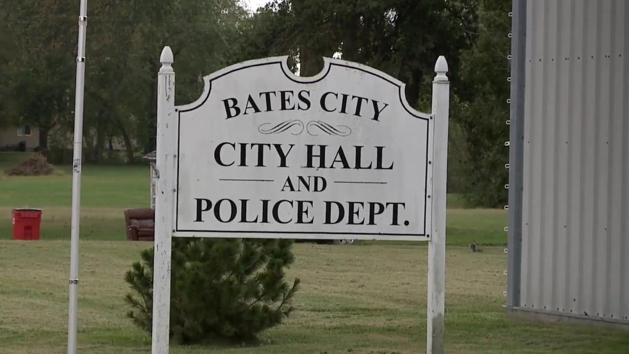 Small Missouri town roiled by allegations of racism, sexual harassment by mayor