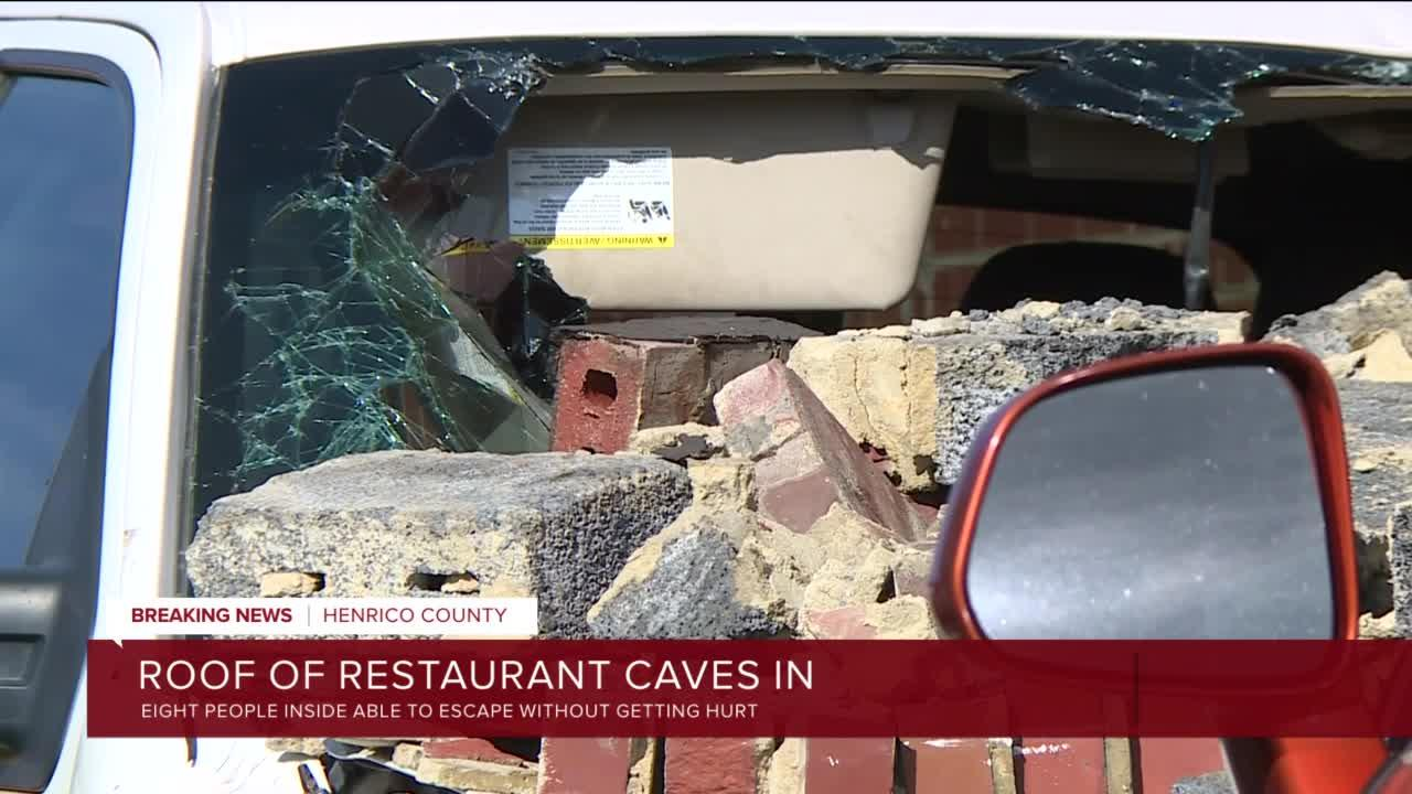 Roof collapses at Fat Boy's Bar & Grill with 8 people inside