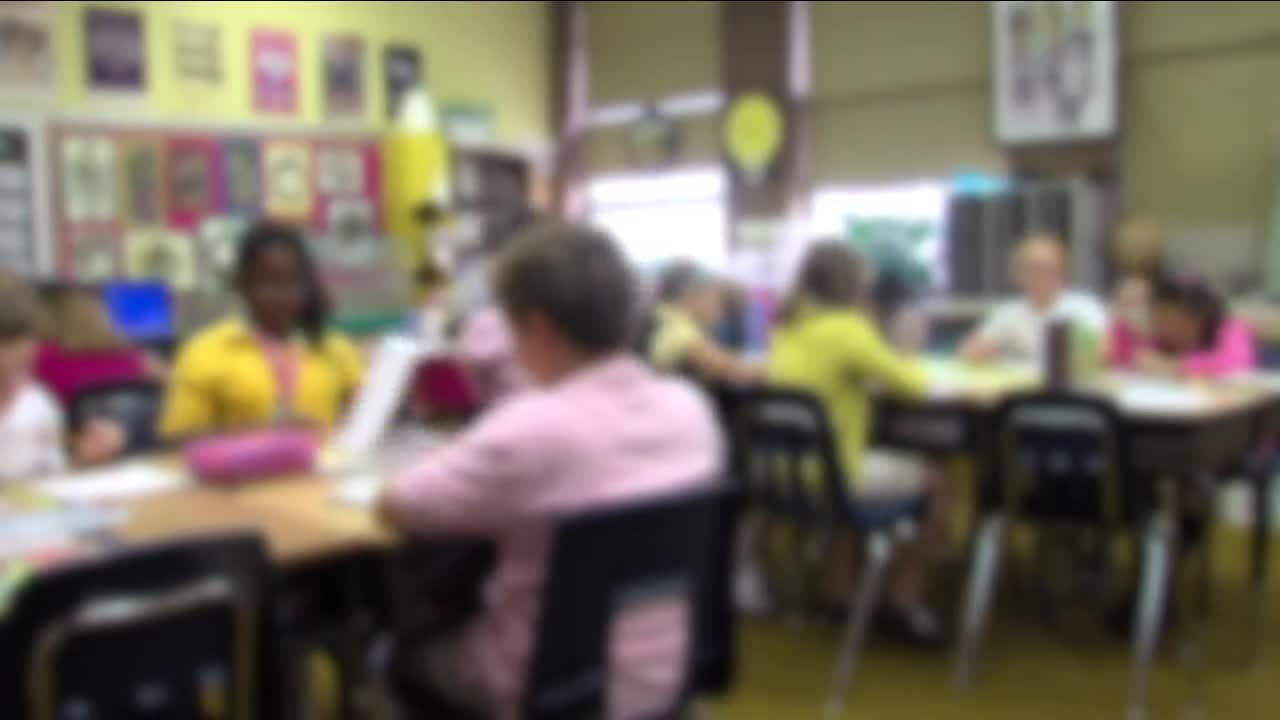 Northeast Ohio School districts raise pay to hire more substitute teachers